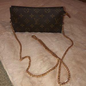 Vintage Louis Vuitton GM pouch
